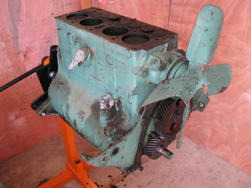 Jeep Engine 4